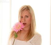 Kara Duhe - White Flower 7
