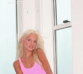 Franziska Facella - Pink 5