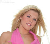 Charlie Lynn - Pink Top 8