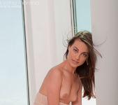 Lorena Morena - Yellow 8