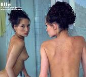 Elle - Bath 6