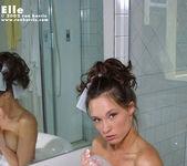 Elle - Bath 8