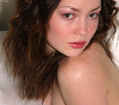 Vicky Vee - Bath 15