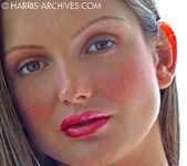 Sandra Shine - Avacado 14