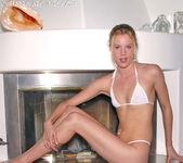 Justina - Bikini 2