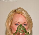 Melissa - Leaf 7