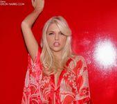 Jana Foxy - Red 4