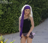 Glamorous Kara Duhe outdoors in her sexy, bohemian outfit 3
