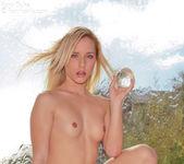 Beautiful Kara Duhe posing nude in her photo shoot 4