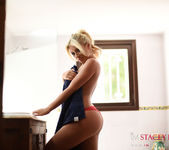 Stacey Robyn teasing in the tub 4