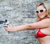 Jodie Gasson seduces us outdoors in her red bikini 2