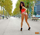 Daniela Xocolat - Grinding in the Street 2