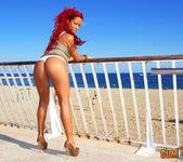 Afra Red - Cuban surprise 4