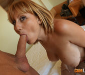 Nuria - Juicy mature breasts 6