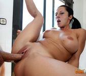 Noemi Jolie - Public blowjob in the park 9