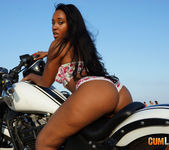 NoeMilk - Horny Rider 2