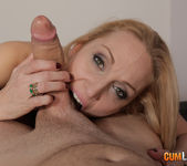 Daniela Evans - Mature hunts for young men 7
