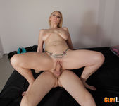 Daniela Evans - Mature hunts for young men 9