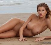 Claudia - High Tide - PhotoDromm 11