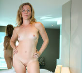 Claudia - Blonde Babe - Anilos 10