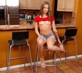 Liza Rowe - naked in the kitchen 4