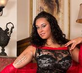 Anastasia Lux - Round Ass - Anilos 8