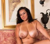Anastasia Lux - Round Ass - Anilos 17