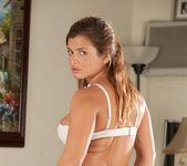 Keisha Grey showing her natural tits 9