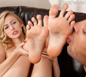 Alexa Grace - Foot Fetish Daily 9