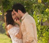 Garden Of Eden - Alexa & Joel 13