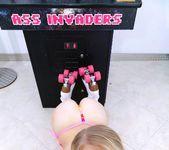 Lily Rader - Pinball Roller Girl - Teens Love Huge Cocks 5