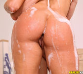 Mea Melone, Wendy Moon - Lather Me Up - Euro Sex Parties 2