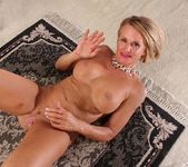 Older mature Mason Vonne spreading her legs 20