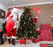 Alexis Fawx, Sophia Leone - Sneaky Santa - Moms Bang Teens 3