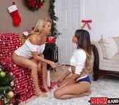 Alexis Fawx, Sophia Leone - Sneaky Santa - Moms Bang Teens 5