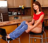 Joseline Kelly - kitchen vibes 9
