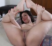 Penny Prite mature pussy spread 14