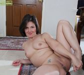 Penny Prite mature pussy spread 16