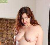 Ember Rayne - chubby mom getting naked 7