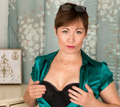 Kitty Creamer - Mature Model 6