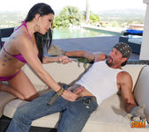 London Keyes - The gardener's hose 6