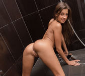 Hot Shower - Maria Rya 9
