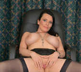 Stacy Ray - Sexy Mom - Anilos 22