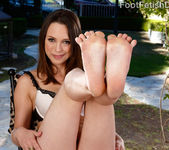 Jade Nile Loves Sucking Her Toes While Giving a Footjob 3