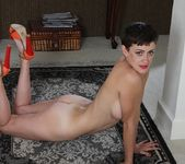 Stevie Jones - short haired mature getting down and dirty 14