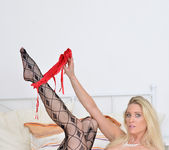 Uma Zex - Fishnet Stockings 6