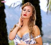Nicole Aniston - Luscious Nicole 4