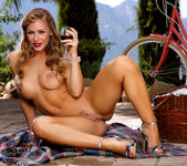Nicole Aniston - Luscious Nicole 13