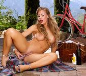 Nicole Aniston - Luscious Nicole 15
