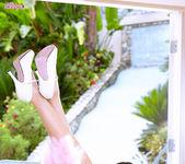 Posh Pussy - Ariana Marie 9
